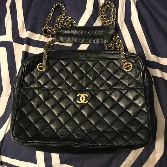 6356c894d5951f Women's vintage Chanel purse. M_5a5461373afbbd7e79043a74